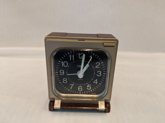 Vintage Copal Travel Clock. Travel  Clock with World Time Chart. Vintage Travel Alarm Clock With Night Glow Hands. Large Numbers