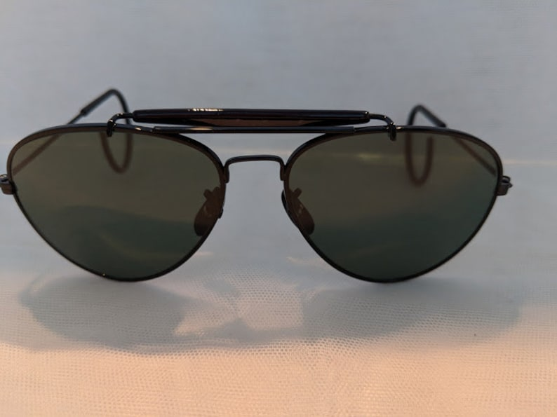 128b552f0834d Black   Vintage Small Aviator Sunglasses With Cable Ear