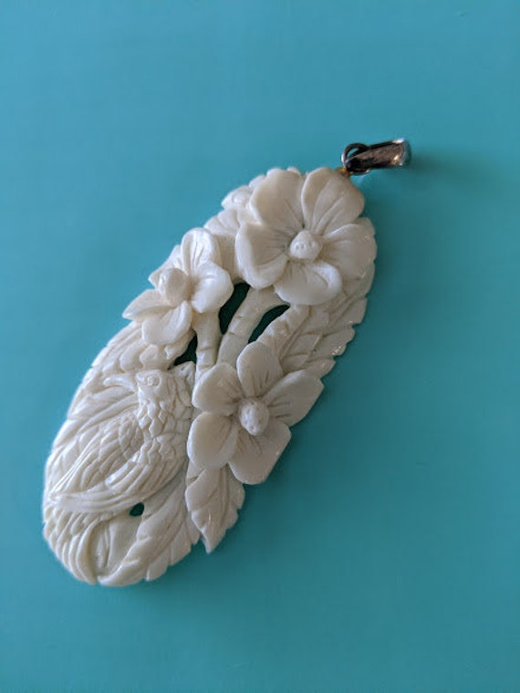 White Bone Carved Pendant. Flower and Bird Bone Carved Pendant. Bone Pendant with Silver Bail. Boho Pendant