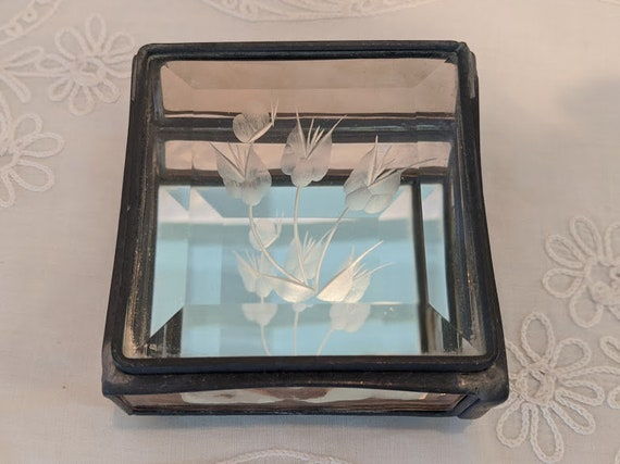 Vintage Stain Glass Etched Flower Trinket Box. Pewter, Stainglass, Mirrored Keepsake Box. Small Amber Stainglass Pewter with Etched flolwers