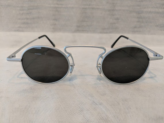 Vintage Steam Punk Small Oval Wire Sunglasses (Silver Tone), Vintage Steam Punk Sunglasses. Round Sunglasses