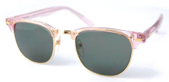Vintage Pink CM Style Sunglasses.. Cute Pink Retro Sunnies.  Cool Pink Shades. Square Pink Retro Shades. Cute Transparent Pink Sunnies.