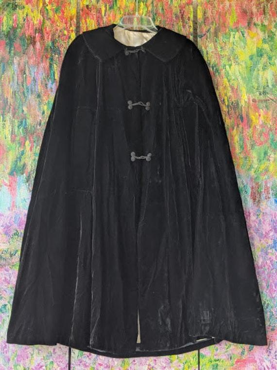 Vintage Black Velvet Cape. Black Velvet Cloak Black Gothic Cloak. Nurse Style Black Velvet Cape. Soft Velvet Black Cape.