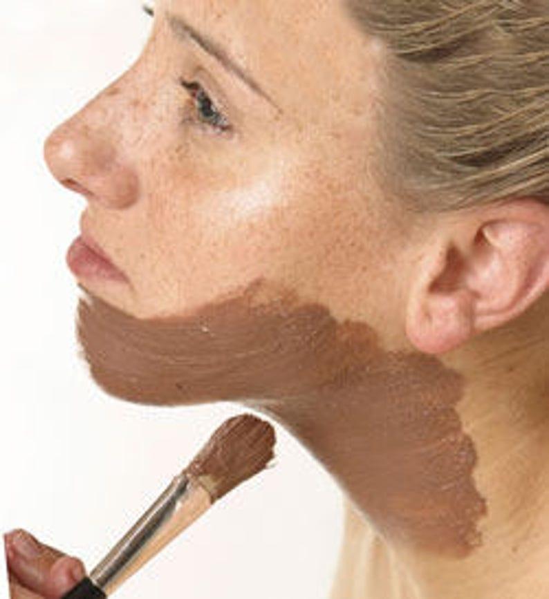 Moroccan Rhassoul Clay Facial & Hair Mud Mask image 0