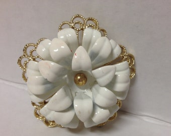 Sarah Coventry Vintage Pin Brooch  White Flower Gold Filigree Round 3 Tier