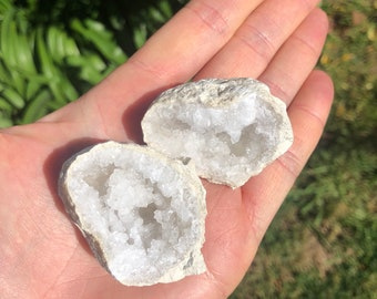 White geode rock - raw crystal cave - druzy stone - split geode - whole geode - crystal rock