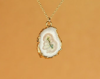 Solar quartz - crystal necklace - quartz necklace - crystal eye necklace - a 22k gold lined solar quartz on a 14k gold vermeil chain