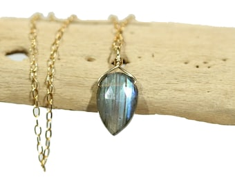 Labradorite necklace, dainty necklace, teardrop pendant, rainbow crystal necklace, blue gemstone pendant, flashy labradorite, something blue