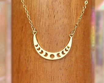 Moon phases necklace, crescent moon, moon jewelry, astrology, waxing moon, crescent necklace