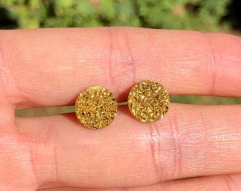 Gold disc earrings, druzy earrings, gold dot earrings, sparkly earrings, circle stud earrings