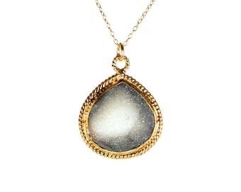 Druzy necklace, raw crystal necklace, drop pendant, raw crystal necklace, a sparkly crystal on a 14k gold filled chain