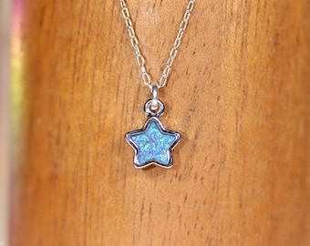 Blue star necklace, Silver star pendant necklace, blue druzy star, druzy jewelry, tiny star necklace, crystal star necklace