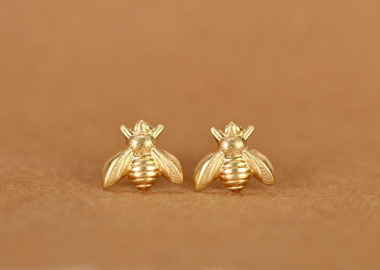 2beeab569 Bee earrings - bee studs - bumble bee earrings - summer earrings - fun stud  earrings - cute stud earrings - cute earrings - honey bee