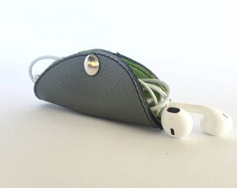 Cordelia Cord Wrap:  Two-tone leather wrap in Slate Grey and Lime Green