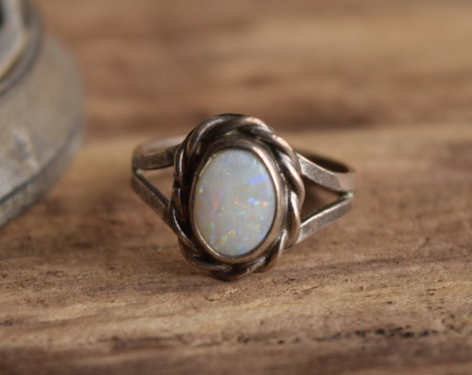 Sterling Opal Ring Size 7 - Loose stone As is