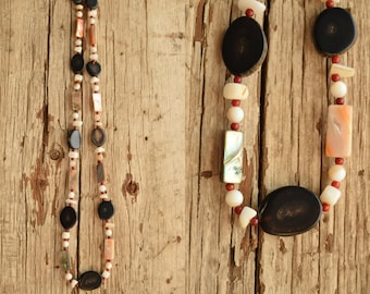 Bohemian beaded necklace - Shell and Horn
