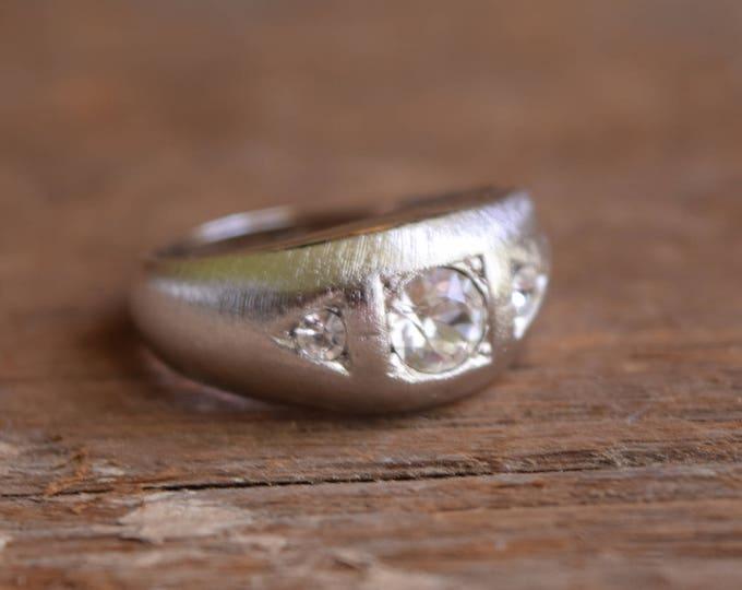 Silver Rhinestone Ring - Brushed silver ring - rhinestone jewelry - Textured mid-century ring - 14kt hge - white rhinestone jewelry