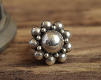 Chunky Ball Ring - Adjustable - Mexico Sterling Silver Modernist Ring ufo