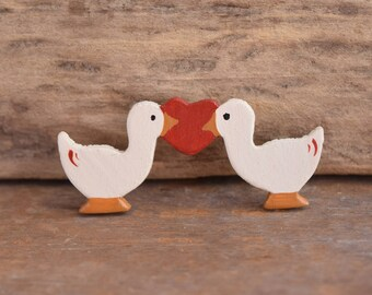 Valentine's day Brooch- Love brooch - Goose Brooch - Geese Brooch - Bird brooch - sweethearts - kitschy brooch - Goose Brooches - Birds