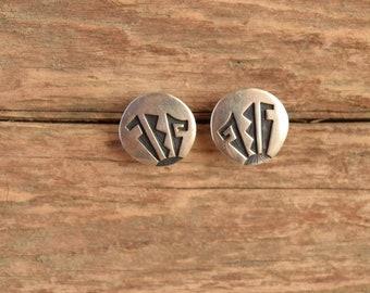 Hopi Silver Disc Earrings - Native American Studs