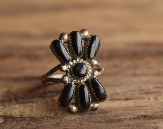 Zuni Cluster Ring Size 6 1/4 - Bill & Lou Laweeka Native American Onyx Ring