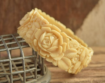 Chunky Rose Celluloid Bangle Bracelet