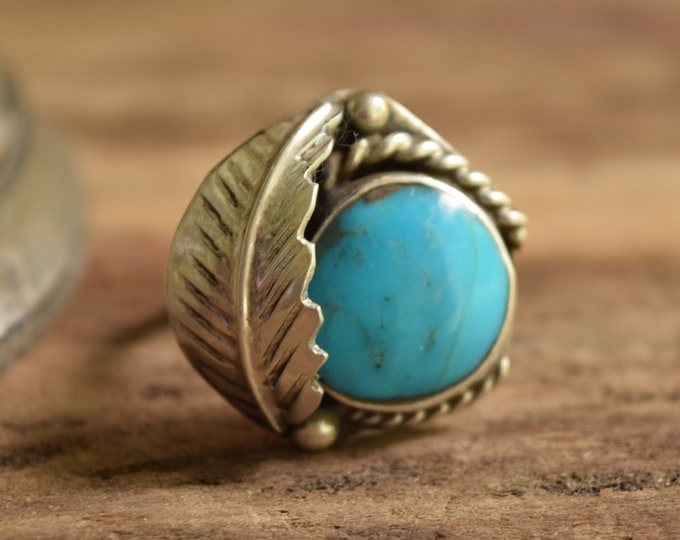 Round Turquoise Leaf Ring Size 9