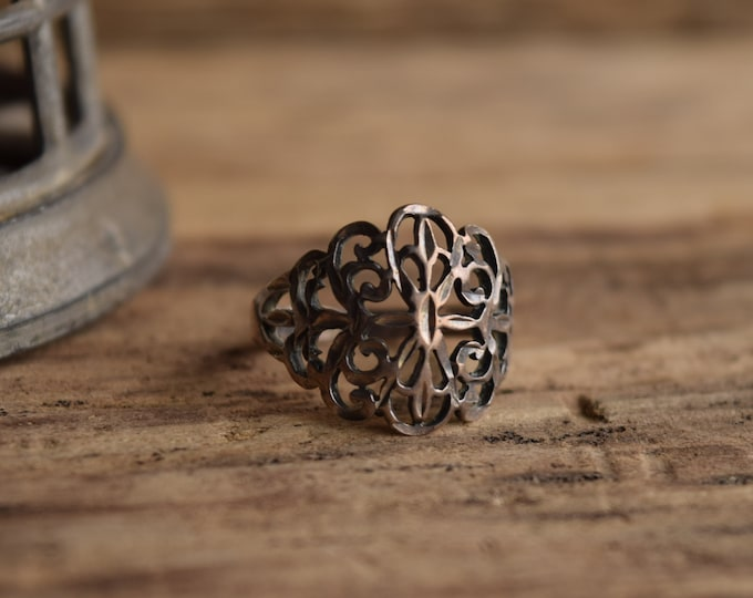 Sterling Silver Filigree Ring - Size 7