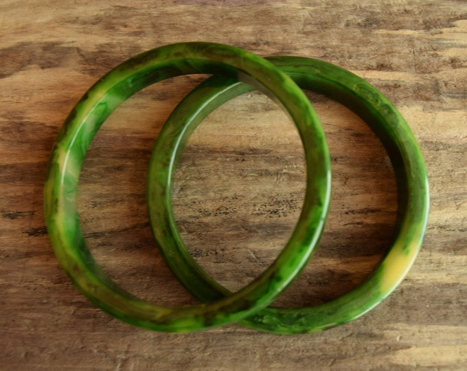 Marbled Green Bakelite Bangle Set of 2 - 3/8 Inch