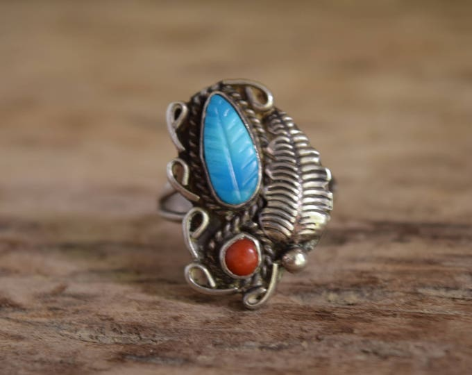 Turquoise ring - Vintage turquoise stone ring - dual stone ring, coral and turquoise, turquoise and coral, leaf ring *DISCOUNTED FOR DAMAGE*