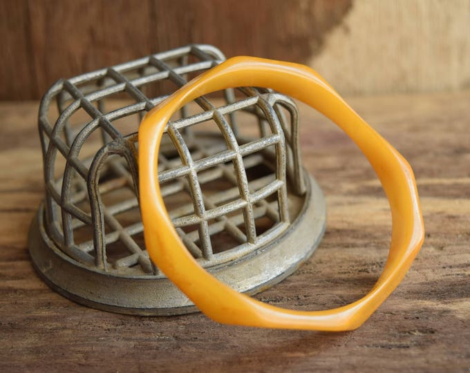 Thin Octagon Bakelite Bangle - Unique Bakelite Jewelry