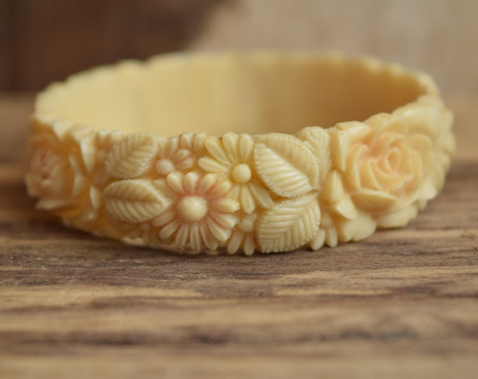 Celluloid Flower Bangle Bracelet - Made in Japan - Molded Flower Bracelet