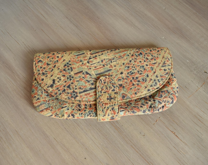 Vintage Clutch - Everyday Clutch for all occasions - Neutral blue and gold print clutch by Stylemark - Made in the USA