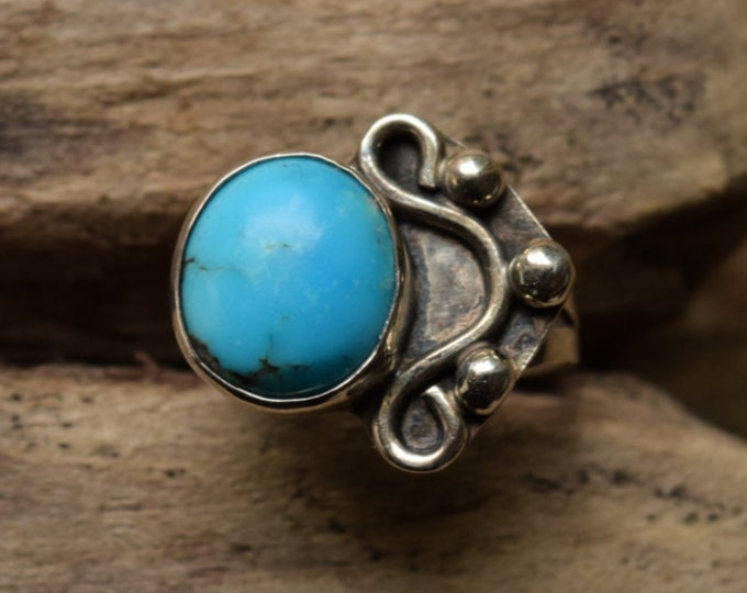 Turquoise Ring - Size 7 Native American Silver Ring - Bohochic ring - round stone ring - unique turquoise ring - signed RL - southwestern
