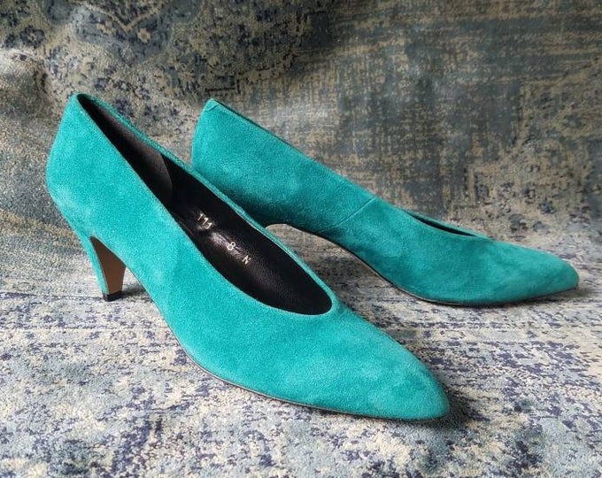 1980's Teal Heels - Size 8 Narrow