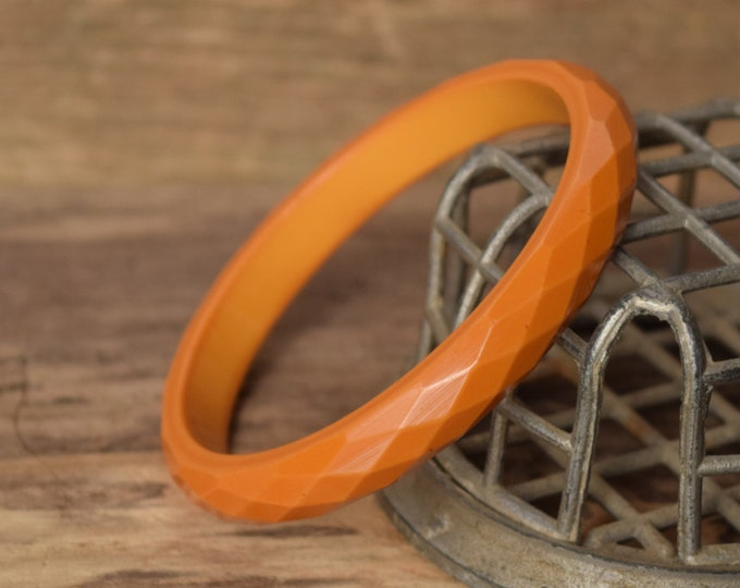 Faceted Butterscotch Bakelite Bangle Bracelet