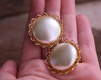 Round Pearly Golden Clip On Earrings