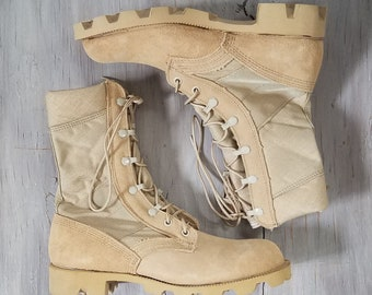 Tan Military Boots - Men's Size 6.5 / Women's 8.5