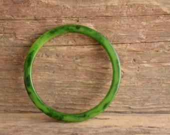 Green Bakelite Bangle Marbled 1/4 inch Square