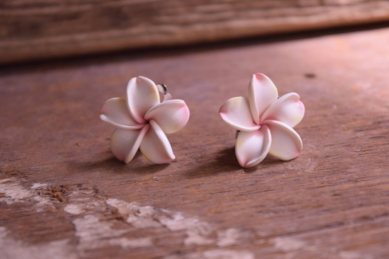 Tropical Earrings White Plumeria Earrings Clip Earrings