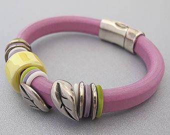 Purple leather jewelry for women,  Purple Regaliz bracelet, Statement leather jewelry, Ceramic beads bracelet, Contemporary charm bracelet