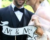Mr & Mrs Banner Photo Prop