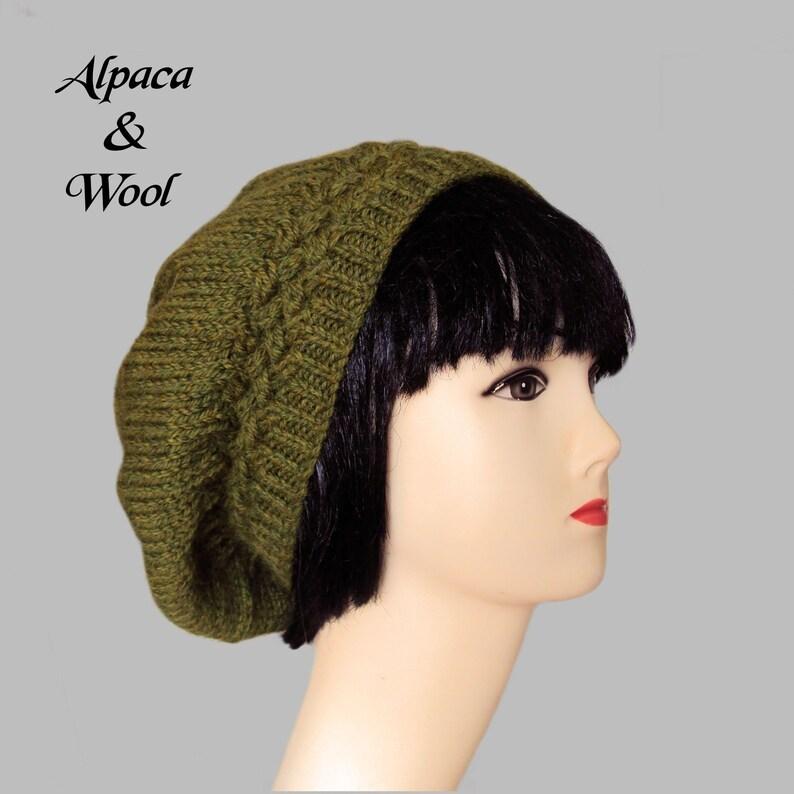 2a4ddc1257590 Green Beret Hat Alpaca Wool Beret Ladies Winter Hat for