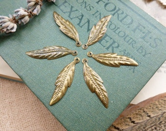 20x Leaf Charms, Antique Brass Pendants, Necklace, Bracelet, Earring C300