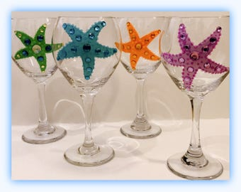 Beach Wedding Wine Glasses, Starfish Wine Glasses, Personalized Wine Glasses, Bridesmaids Gifts, Wedding Gifts, Wedding Favors