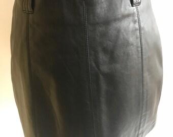 Wilson's Maxima black leather mini skirt zip no faults size 6