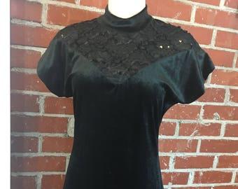 Retro Mainframe Velvet Short Sleeve Dress Knee Length - Juniors size 11 - Black