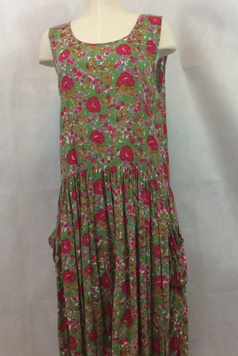 9c9c9874e Wiss Vintage Shop vestido sin mangas de primavera verano.