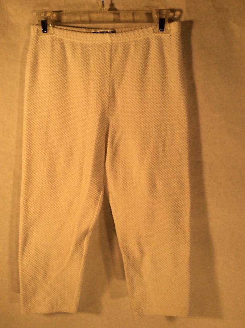 14.99-90/'s Tapemeasure White Capri Leggins Waffle,Ribbed Fabric Size Large