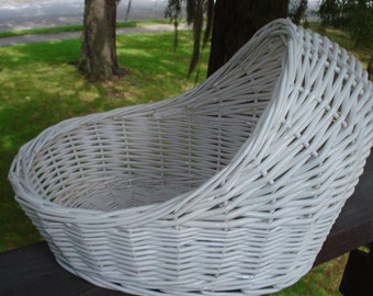 """11"""" Wicker Bassinet for Baby Shower Decorations - Makes a Great Centerpiece for Baby Shower! **PLEASE READ AD for Dimensions and Details"""